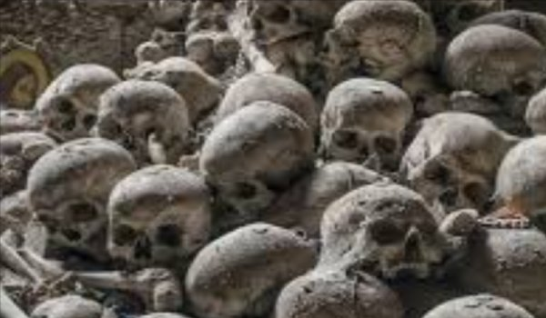 smuggler arrested with 50 skeletons from Chhapra junction in bihar