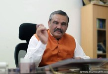 Lok Sabha elections will fought on issue of Modi government's performance: Vijay Sampla