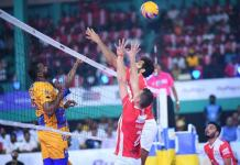 Chennai Spartans vs Calicut Heroes in Volleyball League final