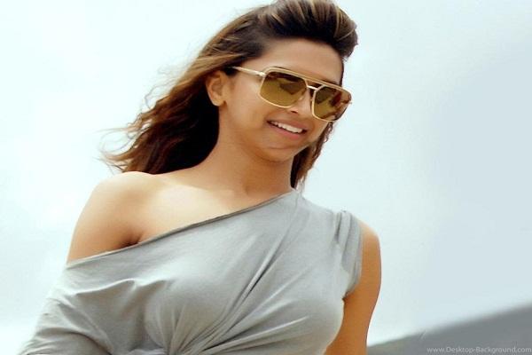 Deepika Padukone calls Ranveer Singh quite crazy about dressing senses
