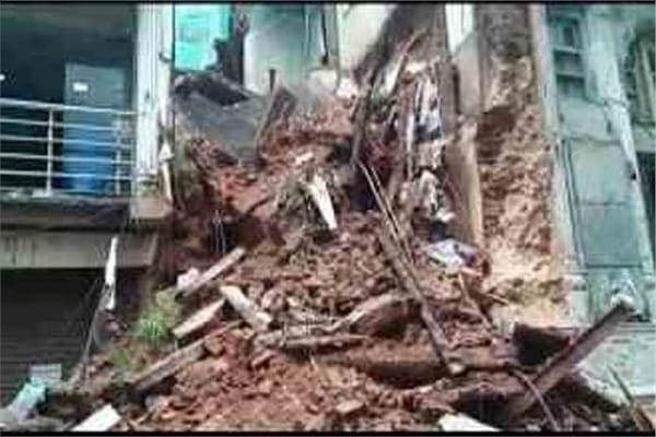 4 dozen houses broken due to rising Chambal water in MP Sheopur