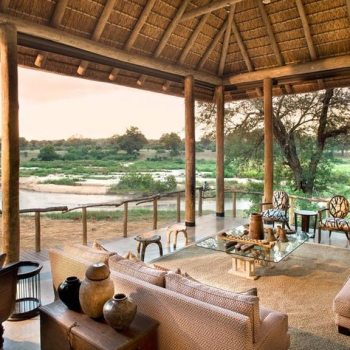 Exeter River Lodge Accommodation Lounging Area