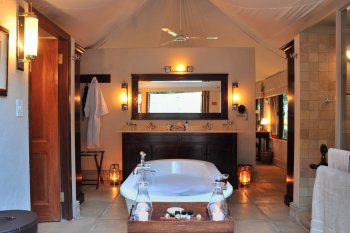 Savanna Private Game Reserve Lodge Bath