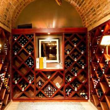 Dulini Lodge Wine Cellar Stocked