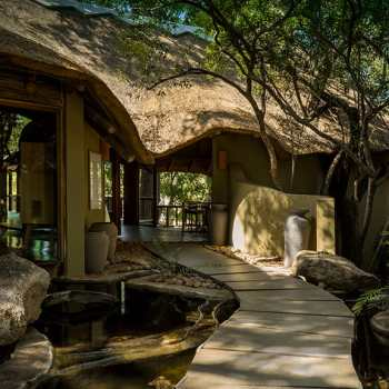Ulusaba Safari Lodge Accommodation Entrance