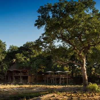 Ulusaba Safari Lodge Exterior View