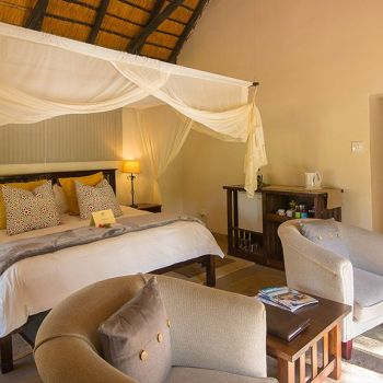 Inyati Game Lodge Luxury Suite