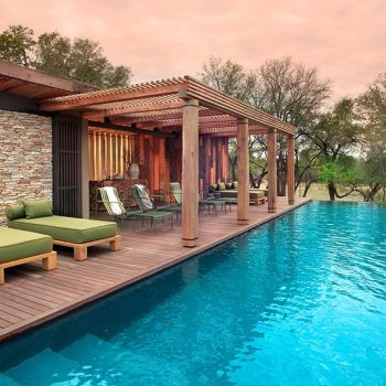 Tengile River Lodge Infinity Pool