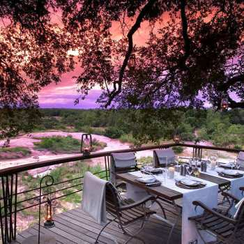 Leadwood Lodge Outdoor Dining At Sunset