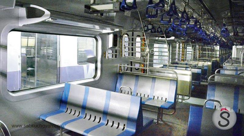 Mumbai, AC Local Train, 1 january 2018, mumbai lifeline