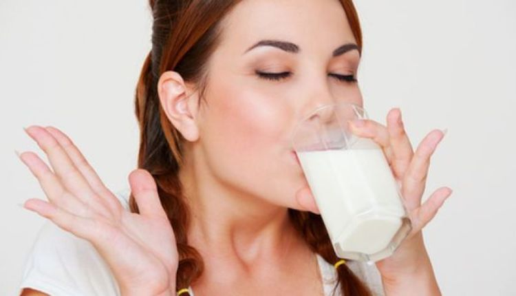 By taking empty stomach almond milk, these three diseases end up with root (2)