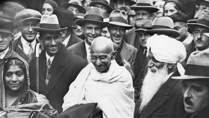 special-on-gandhi-jayanti-about-10-unheard-of-interesting-information-about-mahatma-gandhi (1)