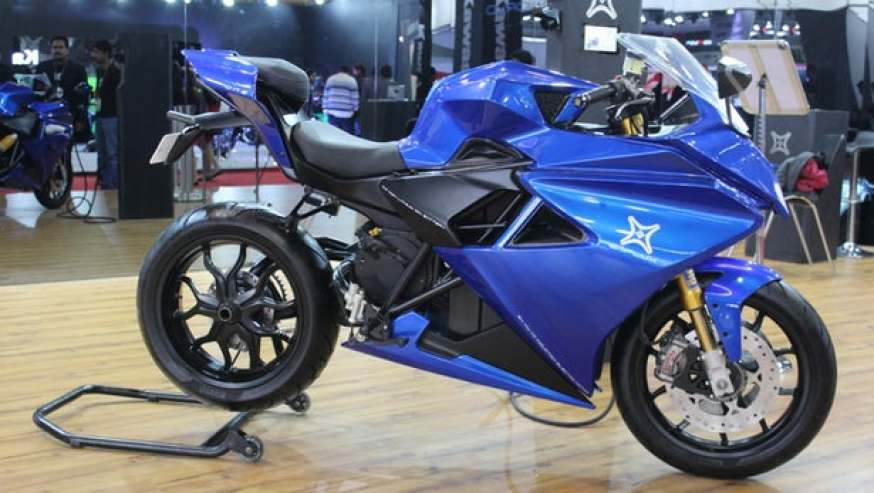 Take the Electric Superbike Emflux Forest speed of 100 in just 3 seconds