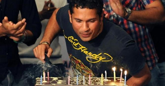 Special on Birthdays Some interesting facts about Master Blaster Sachin Tendulkar