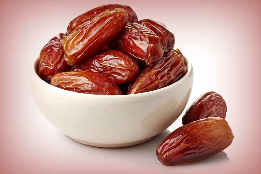 Khajoor and its health benefits (1)