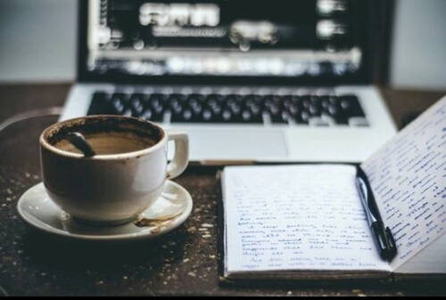 coffee and laptop, coffe cup, mac, coffee and mac, work