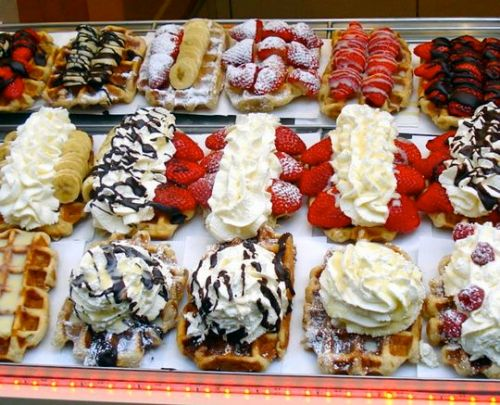 brussels waffles, waffles, belgium, what to do in brussels, belgian food