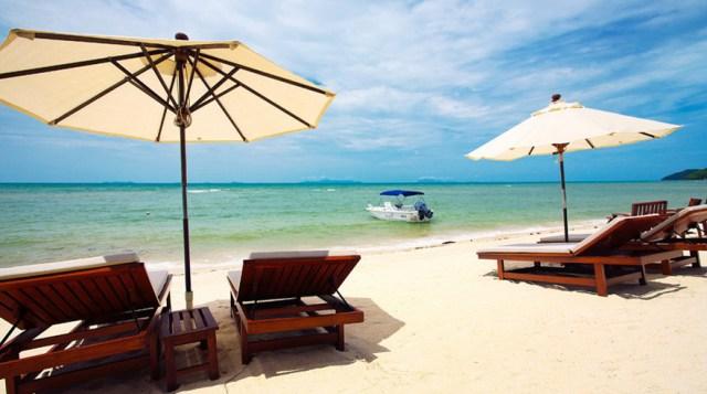 sunsetn beach resort hat pramong beach thailand