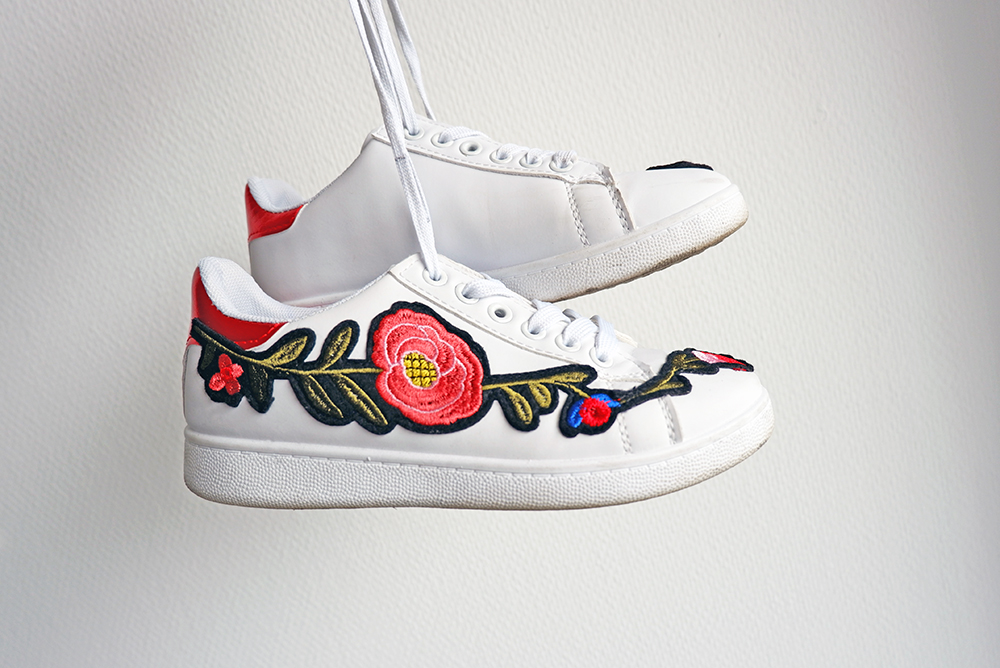 irresistible summer shoes embroidered sneakers_