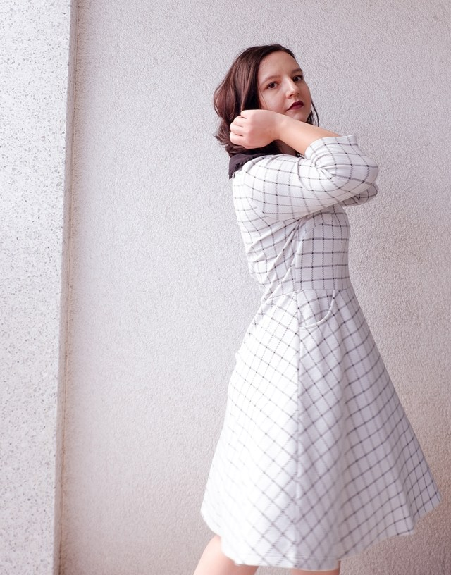 back to school outfit- collar check dress - joanie clothing 2