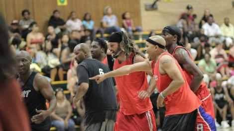 Celebrity basketball game a slam dunk