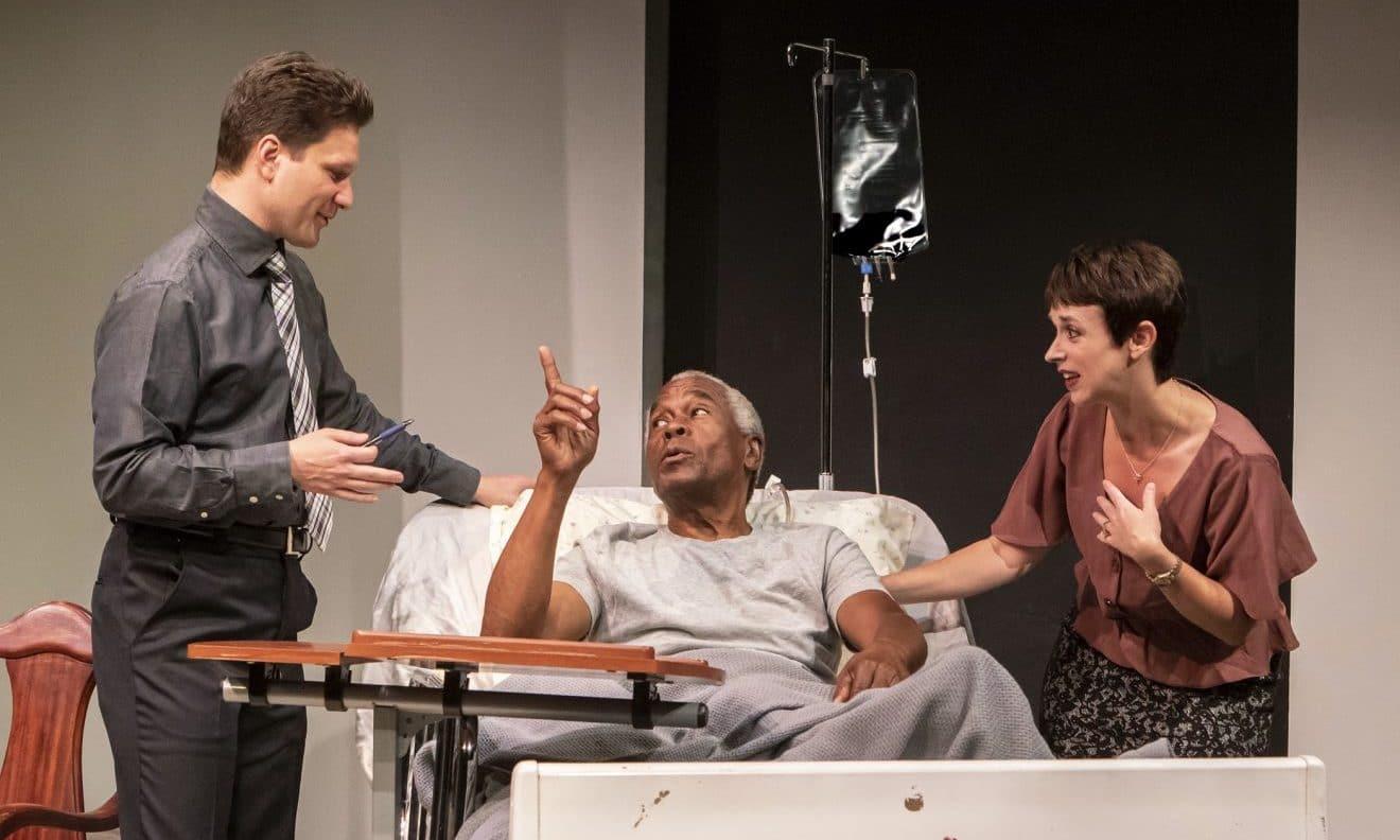 New Capital Stage Play is 'Crazy' Good via @sacramentopress