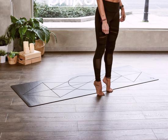 Wellness Tips for Capricorn Season: Yoga, Crystals & Essential Oils by Timmie Horvath Policarpio Wanechko Certified Aromatherapist Aromatherapy Essential Oils Edmonton Reiki Training Crystal Healing