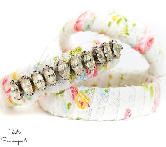 Boho bracelets by upcycling jewelry with vintage sheets