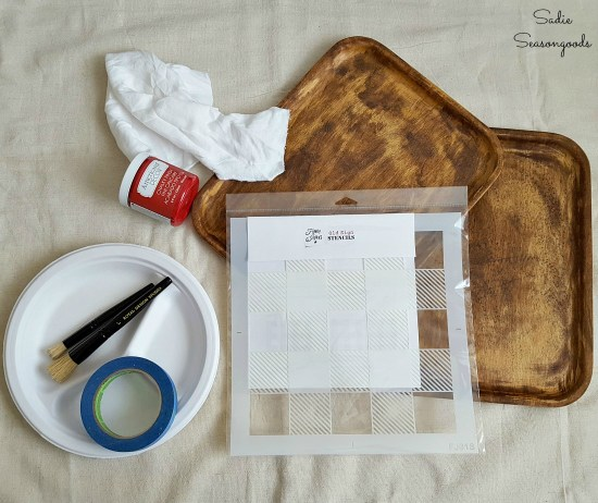 Decorating a wood tray with a Buffalo plaid stencil to become the fall decor or lodge decor