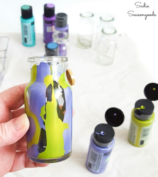 Magic potion bottles by upcycling a vintage spice rack