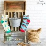 Diy Farmhouse Style Laundry Room Decor And Lost Sock Holder
