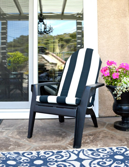 How to paint plastic molded chairs or outdoor furniture for the patio