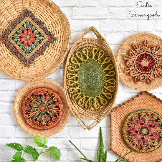 Basket wall decor with Bohemian design by upcycling the hanging wall baskets and woven trivets