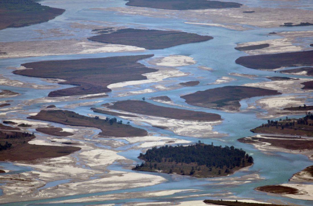 Islands on the Teesta riverbed_Latpanchar