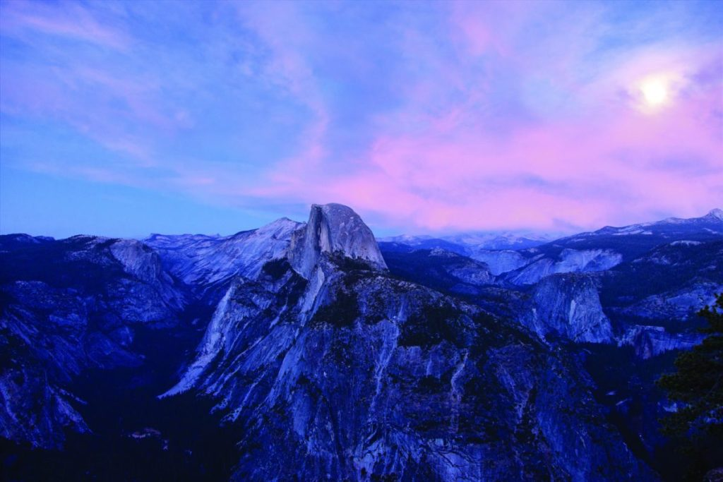 Sunset_Over_Halfdome_Saevus_Yosemite