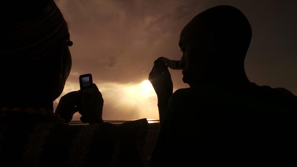 turkana eclipse_audience silhouette1