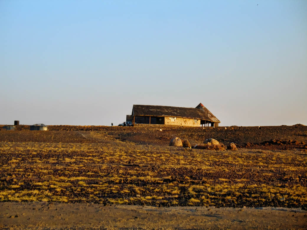 Loiyangalani Desert Museum_buiding_view from far
