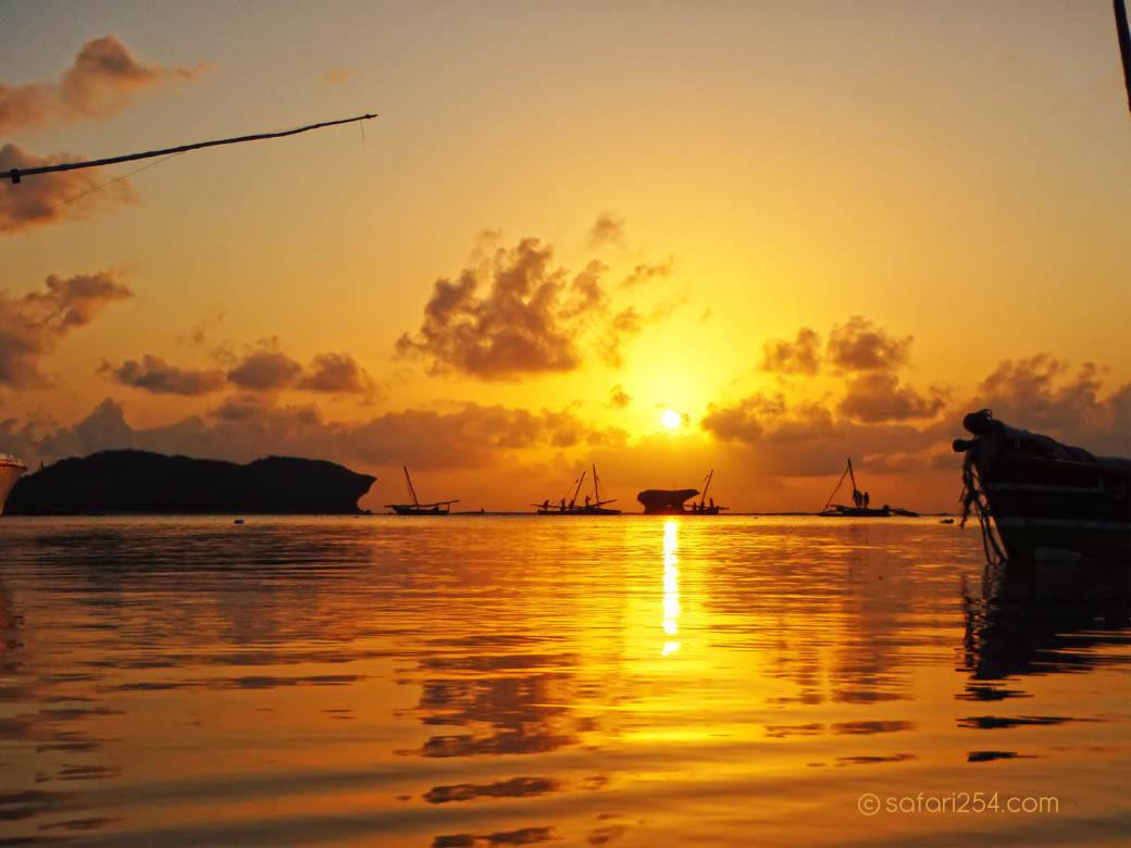 Watamu Beach_touch of gold8