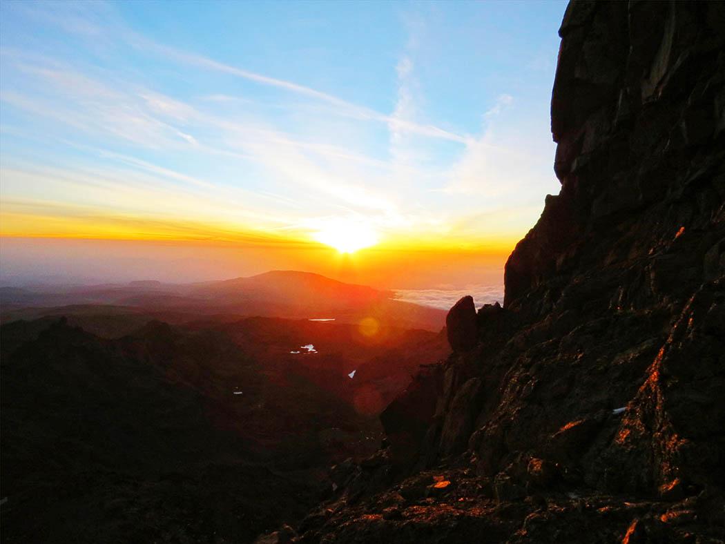 Mount Kenya_sunrise at peak
