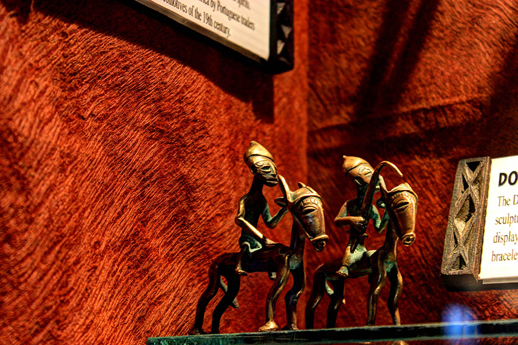 The Nairobi Gallery_Dogon horsemen
