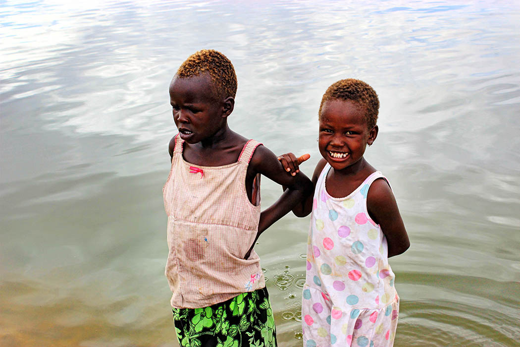 Sights & People from the North Rift_Turkana girls2