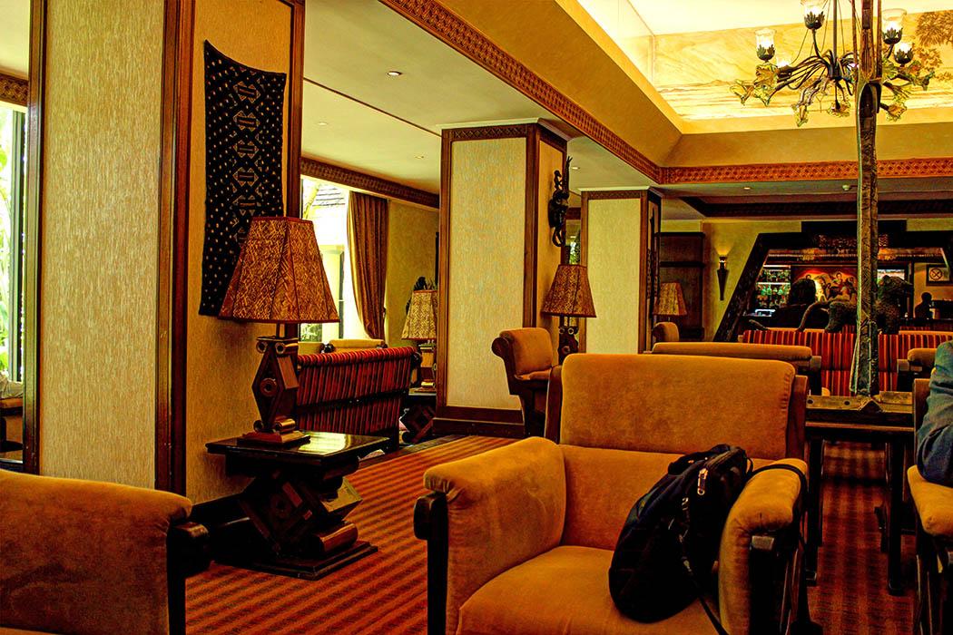 Nairobi Serena-lobby1