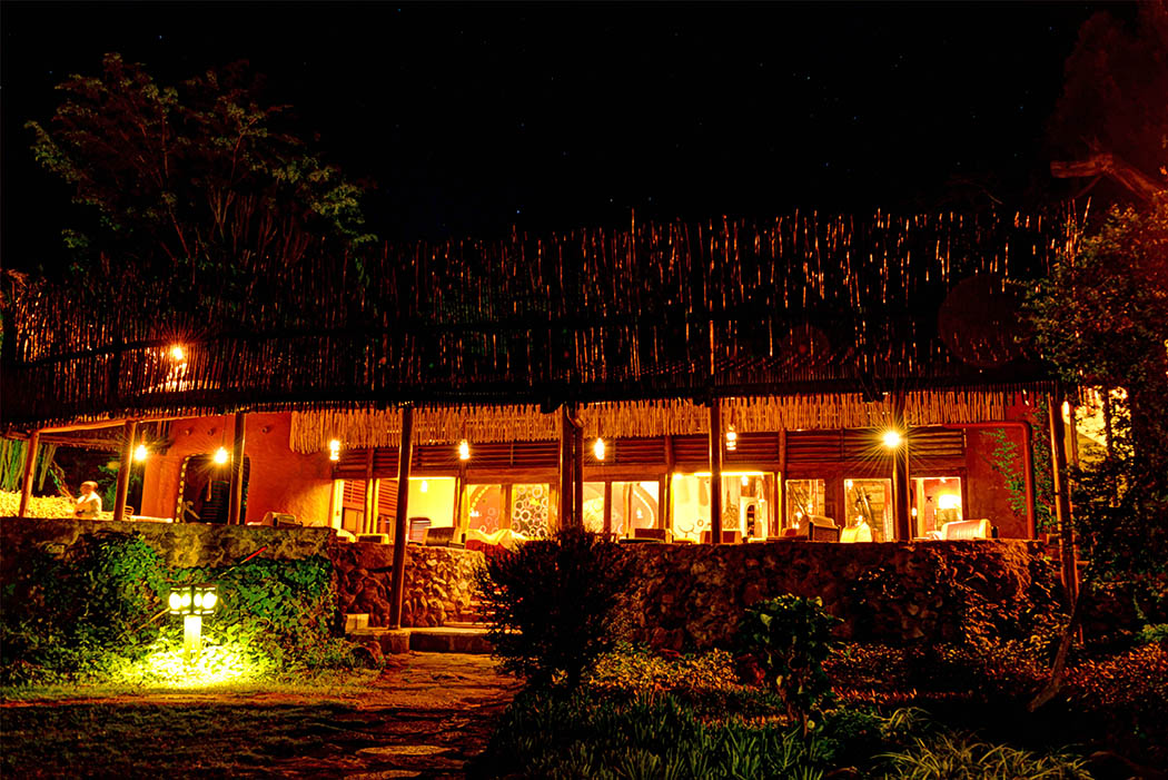 Amboseli Serena Safari Lodge_lodge at night