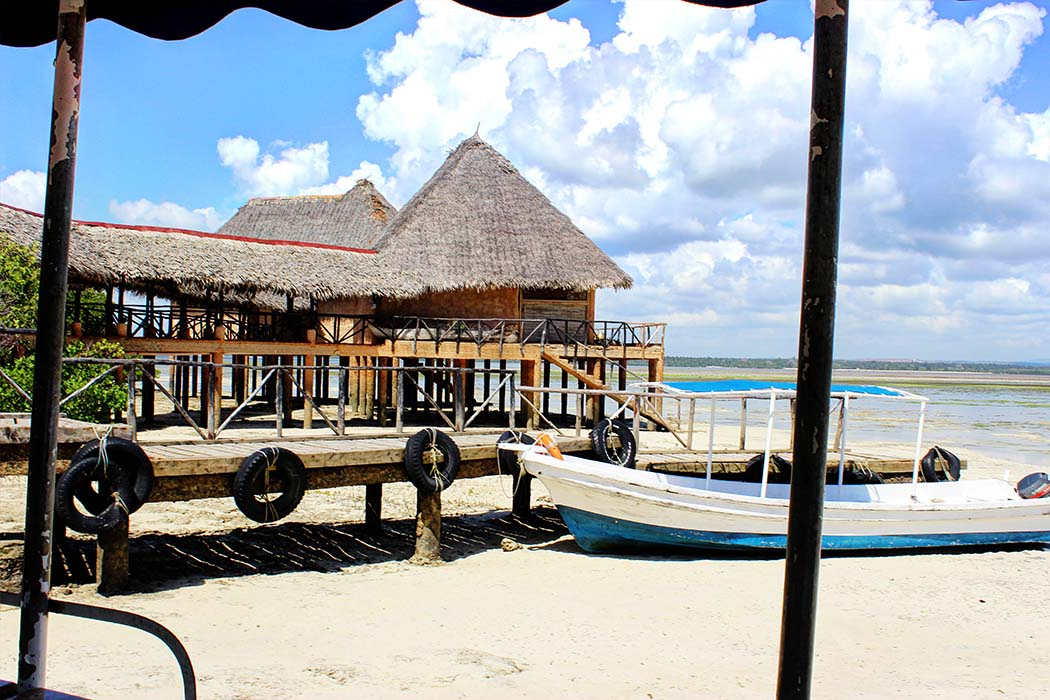 The Sands at Chale Island_jetty