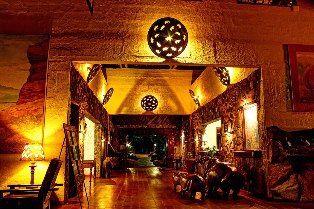 Kilaguni Serena safari Lodge_reception3