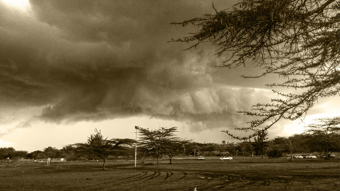 Random snapshots_Impending storm_tint