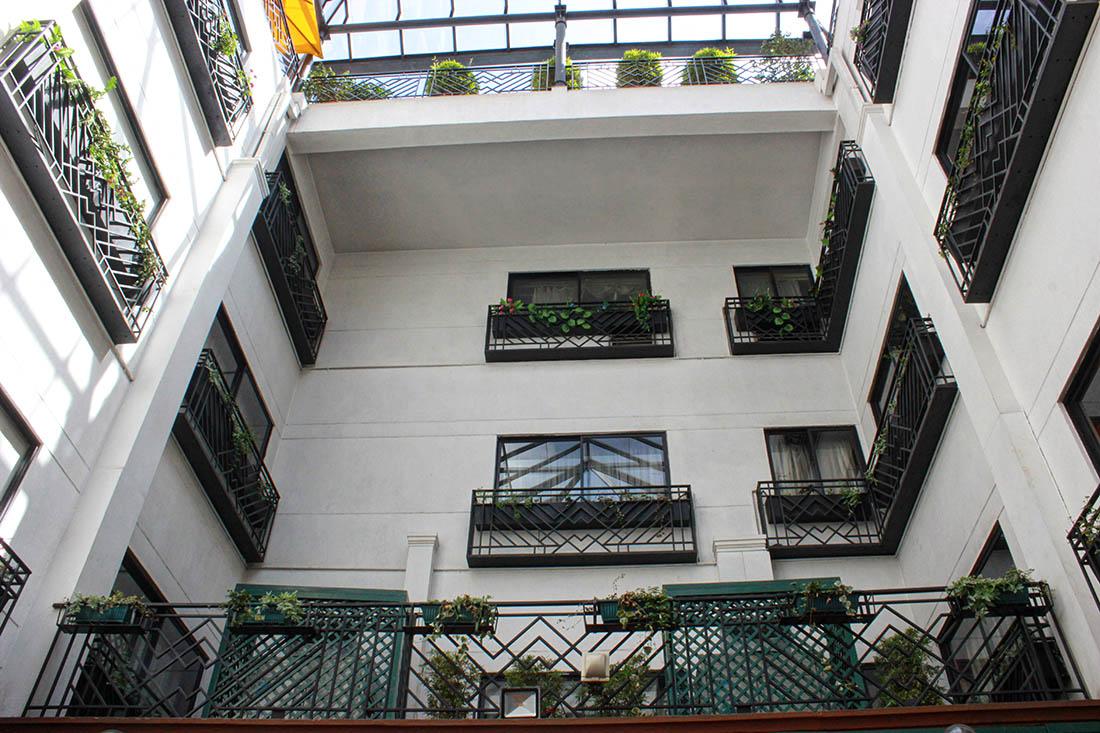 Sarova Stanley_Courtyard5