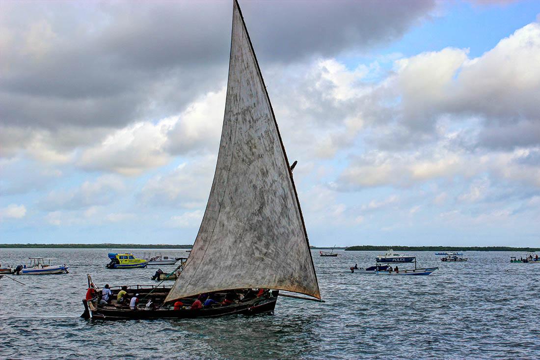 Lamu Cultural Festival_dhow race5