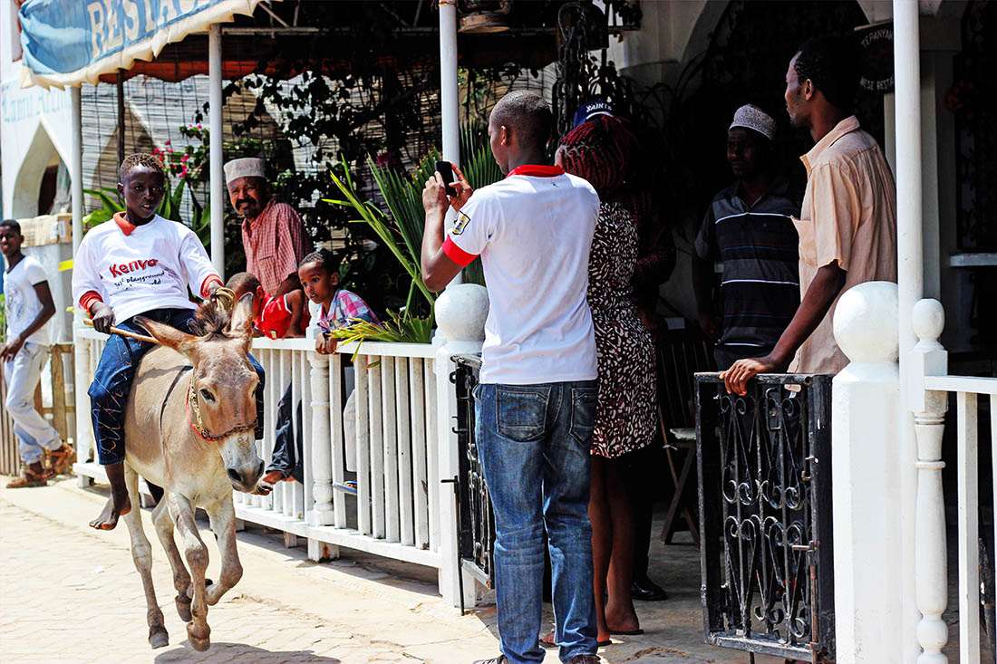 Lamu Cultural Festival_donkey race1