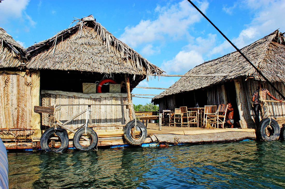 Lamu Town_Floating Bar1
